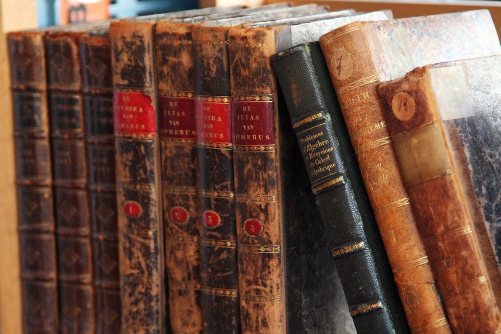 A New Fragrance Trend? Smelling Like Old Books & Dead Authors